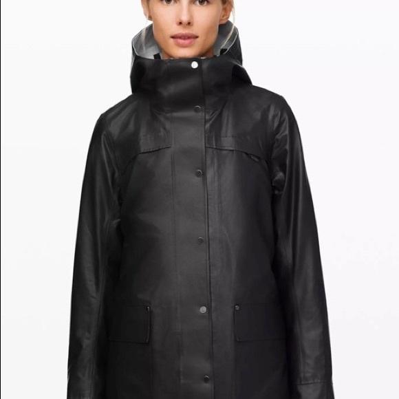 Lululemon Into the Drizzle Jacket